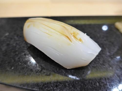 恵比寿「鮨 心白」へ行く。_f0232060_00115802.jpg