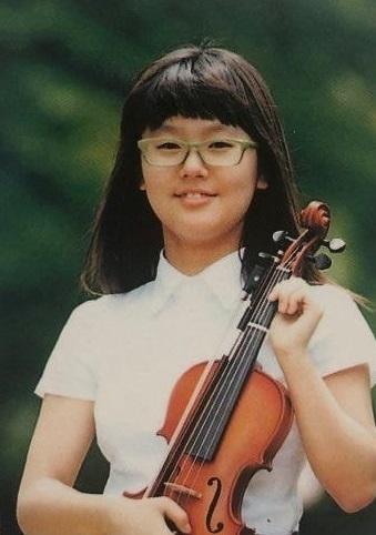 実力派歌手で女優のチョ・ミヨン (G)I-DLEの美人ボーカル 美ロングヘアー!衝撃の過去写真 音楽の才能!_f0158064_02195383.jpg