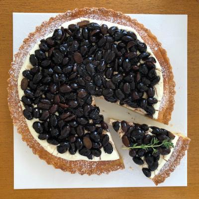 黒豆とクリームチーズのタルト_b0102217_18220828.jpg