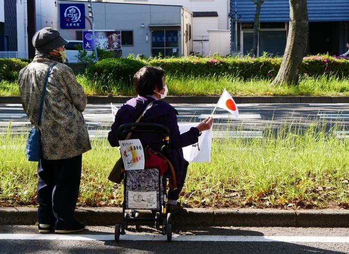 聖火が走る和歌山市けやき大通り  2021-04-11 00:00_b0093754_16582647.jpg