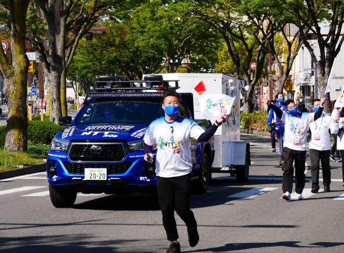 聖火が走る和歌山市けやき大通り  2021-04-11 00:00_b0093754_16584872.jpg