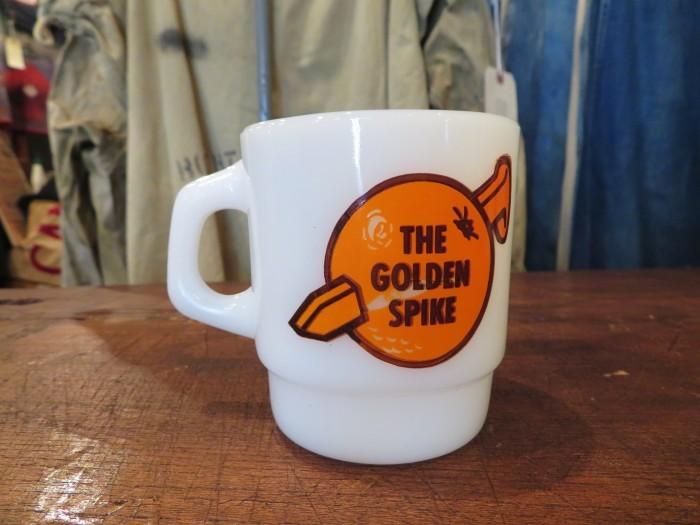 Fire King Advertising Mug THE GOLDEN SPIKE_e0187362_14535232.jpg