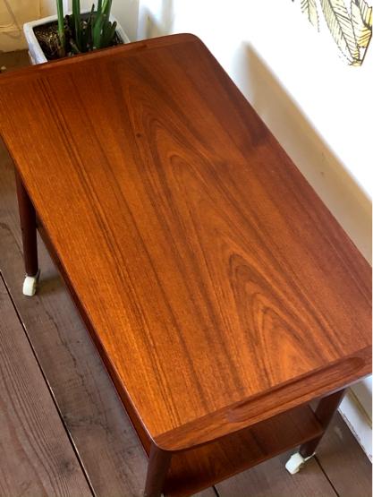 Sewing table_c0139773_15165815.jpg