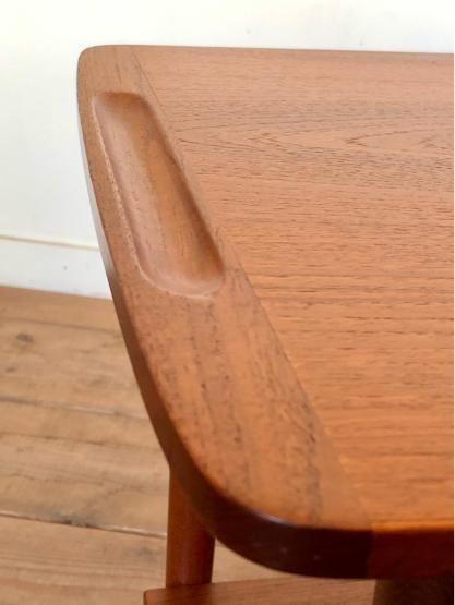Sewing table_c0139773_15165922.jpg