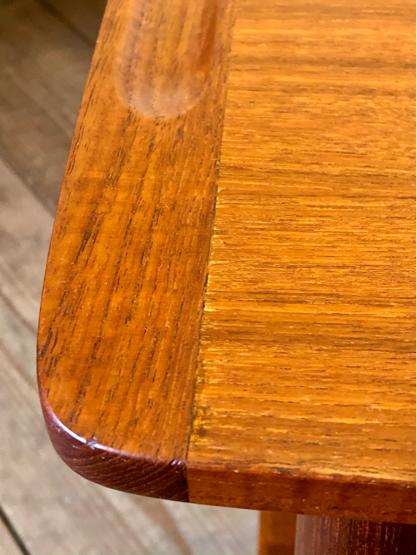 Sewing table_c0139773_15172901.jpg