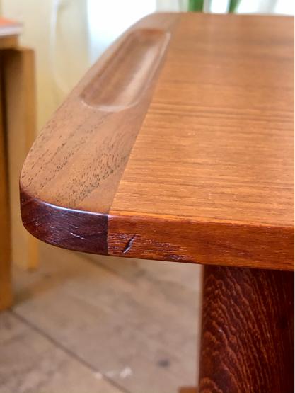 Sewing table_c0139773_15175357.jpg