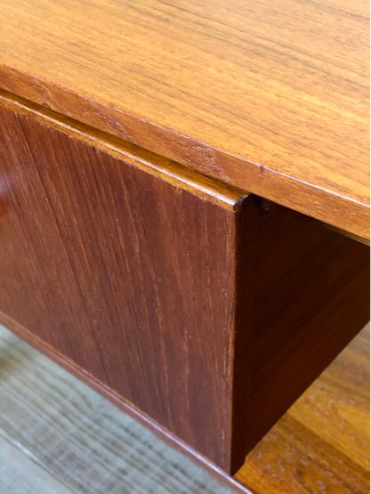 Sewing table_c0139773_15175434.jpg
