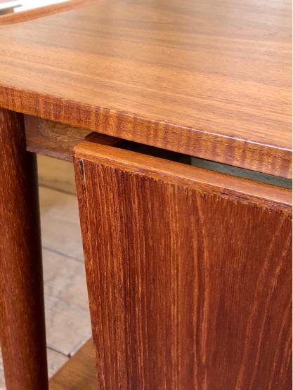 Sewing table_c0139773_15181155.jpg