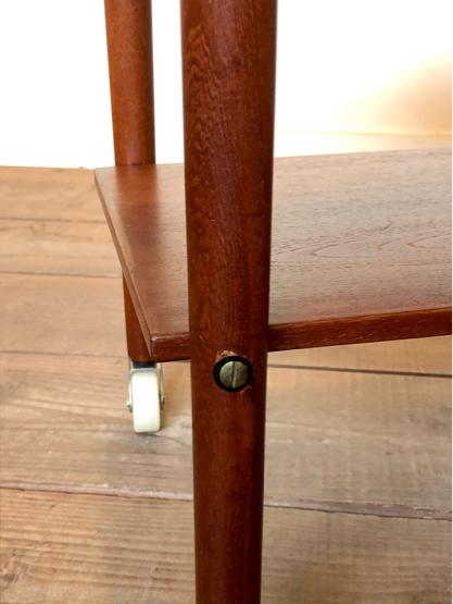 Sewing table_c0139773_15181207.jpg