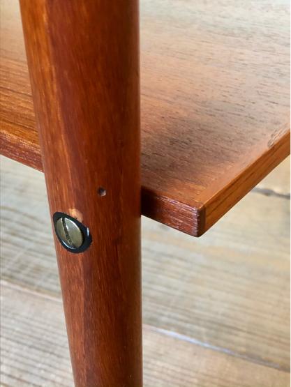 Sewing table_c0139773_15181228.jpg