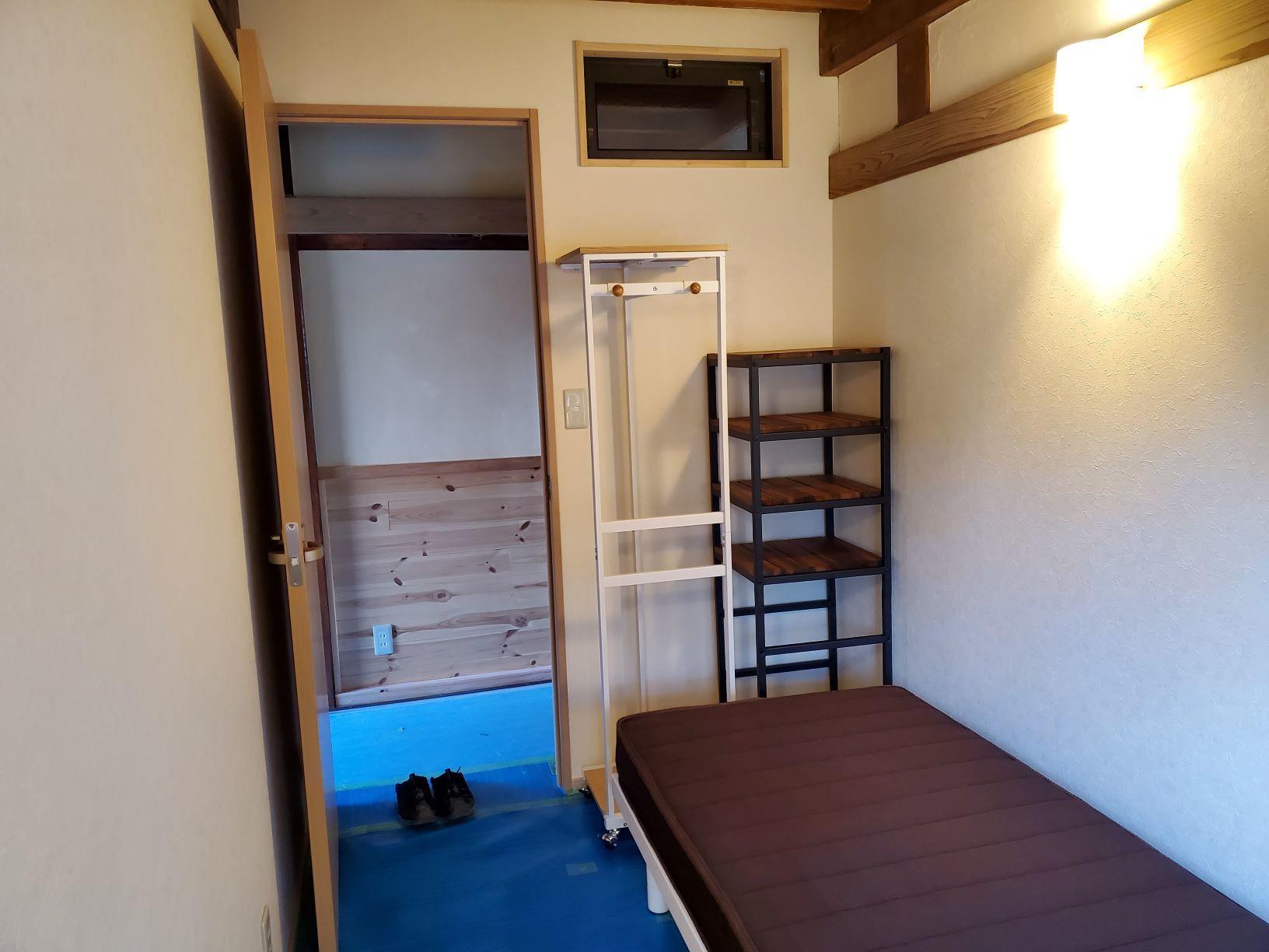 1階個室の整備_b0304722_16423056.jpg
