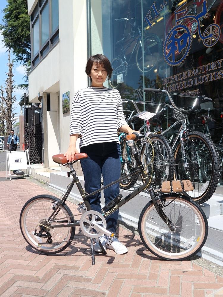 4月11日 渋谷 原宿 の自転車屋 FLAME bike前です_e0188759_15570530.jpg