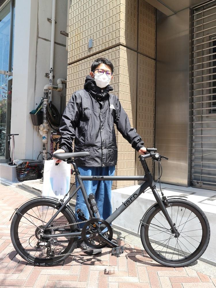 4月11日 渋谷 原宿 の自転車屋 FLAME bike前です_e0188759_15571166.jpg