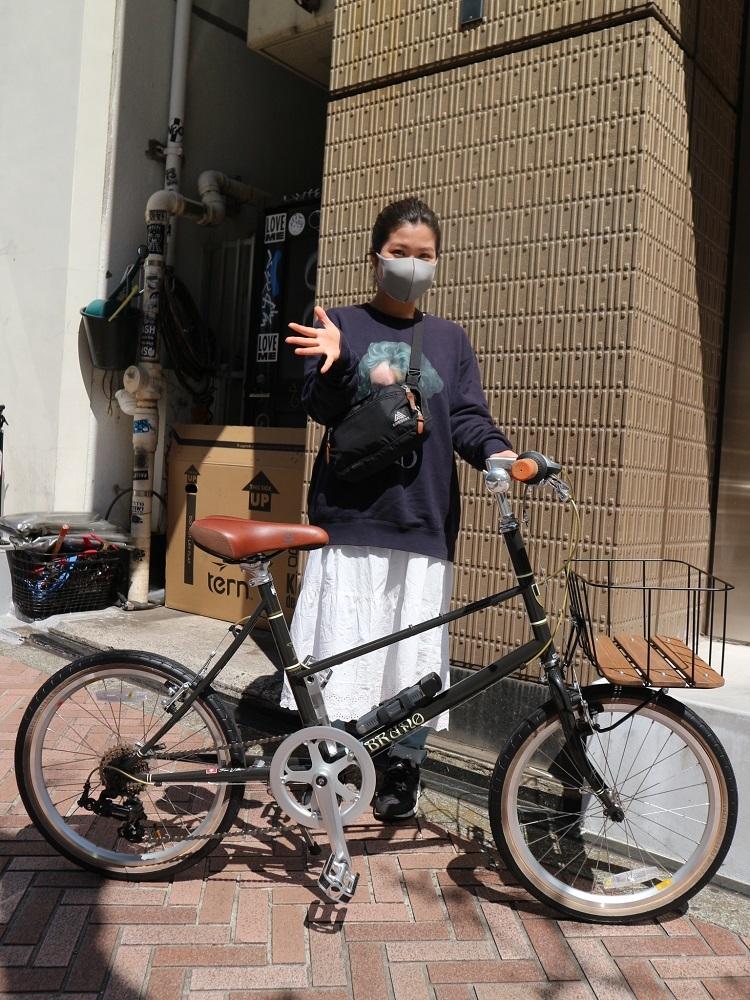 4月11日 渋谷 原宿 の自転車屋 FLAME bike前です_e0188759_15572121.jpg