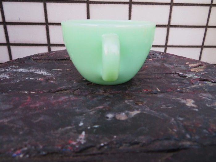 50\'s Fire King Jade-ite Narrow Rim Cup_e0187362_12211679.jpg