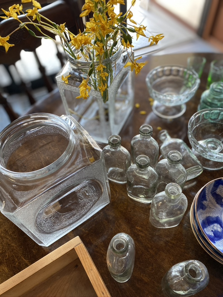 レトロなガラス瓶たち_c0334574_19025857.jpeg