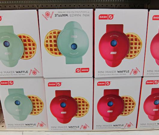 コロナ禍の米国で売れてる調理器具・調理家電と言えば… ミニ・ワッフル・メーカー(Mini Waffle Maker)?!_b0007805_21480052.jpg