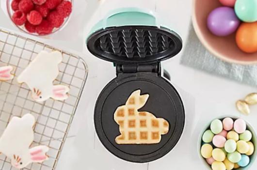 コロナ禍の米国で売れてる調理器具・調理家電と言えば… ミニ・ワッフル・メーカー(Mini Waffle Maker)?!_b0007805_21491021.jpg