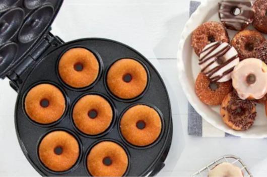 コロナ禍の米国で売れてる調理器具・調理家電と言えば… ミニ・ワッフル・メーカー(Mini Waffle Maker)?!_b0007805_21492172.jpg
