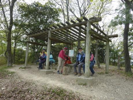 日本一低いアルプスに挑む『小野アルプス縦走』_c0218841_10434824.jpg