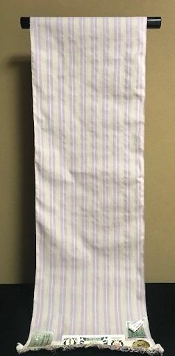 淡いピンクの大島紬+ピンク縞柄の本場結城紬九寸。_f0181251_17414455.jpg
