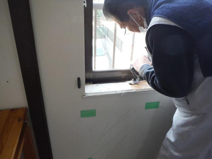 室内リフォーム ~ 窓枠工事。_d0165368_04222645.jpg