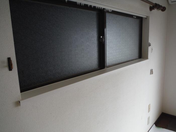 室内リフォーム ~ 窓枠工事。_d0165368_04232188.jpg