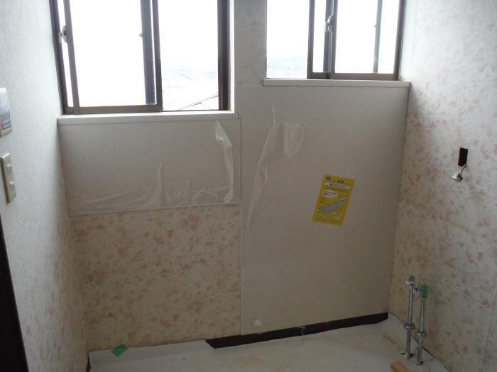 室内リフォーム ~ 窓枠工事。_d0165368_04233739.jpg