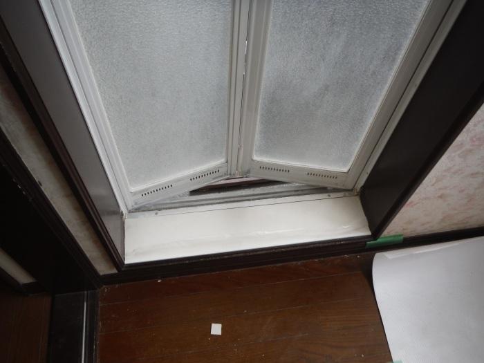 室内リフォーム ~ 窓枠工事。_d0165368_04241093.jpg