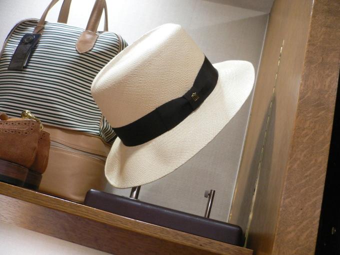 この夏はパナマ帽で遊んでください・・・_d0060944_17195212.jpg