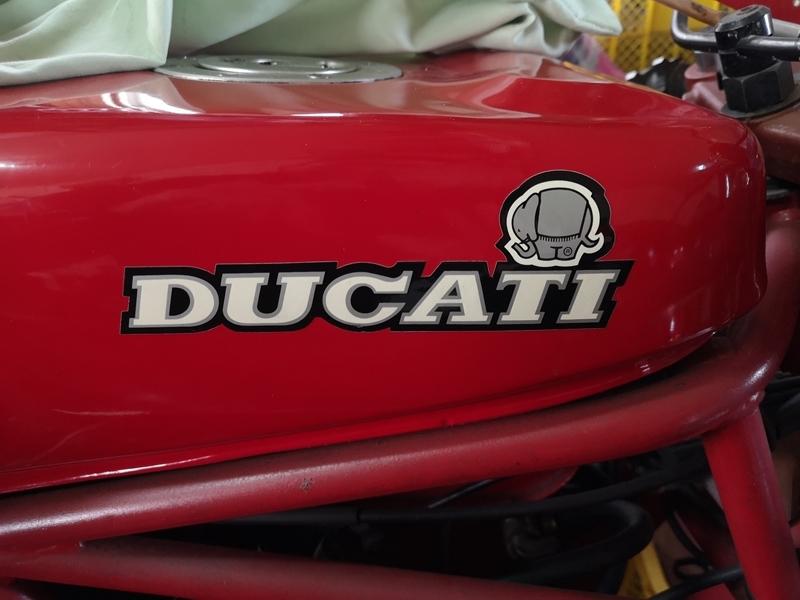 DUCATI 買いました。その2_c0348196_00430133.jpg