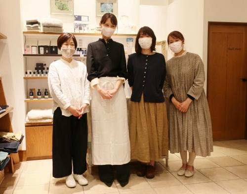 Neut SOAP の作者 荘子さんがご来店くださいました。_c0227633_21333163.jpg