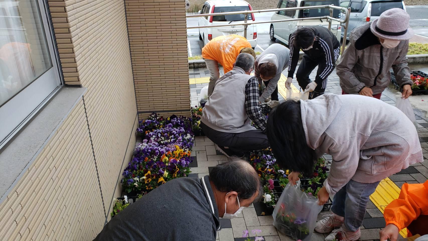 南陽学区さんに花鉢の販売を行いました!R3.3.27_d0338682_14241088.jpg