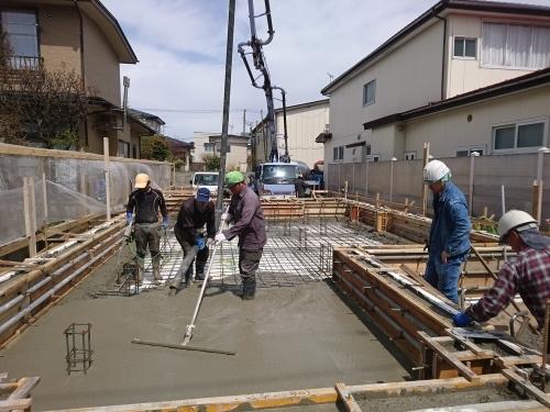 Q1住宅L2T3秋田高揚青柳:コンクリート一体打設_e0054299_02365072.jpg