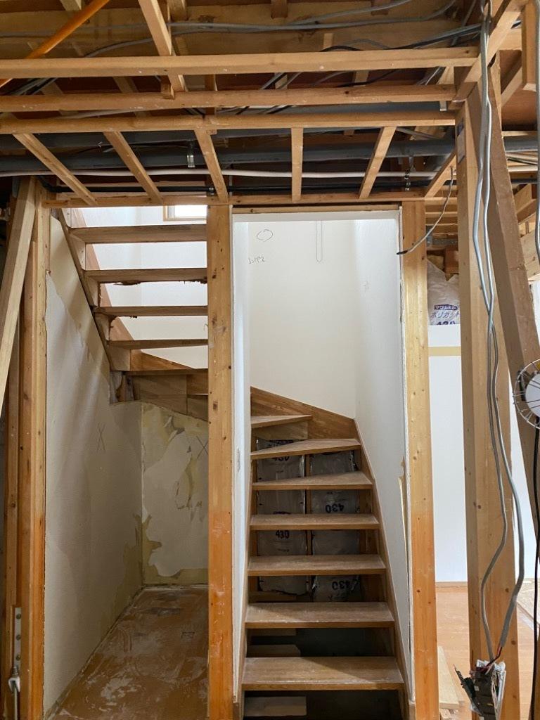 オープン階段_d0358411_18190366.jpeg