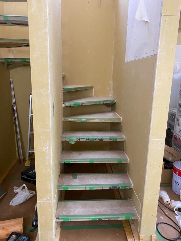 オープン階段_d0358411_18190396.jpeg