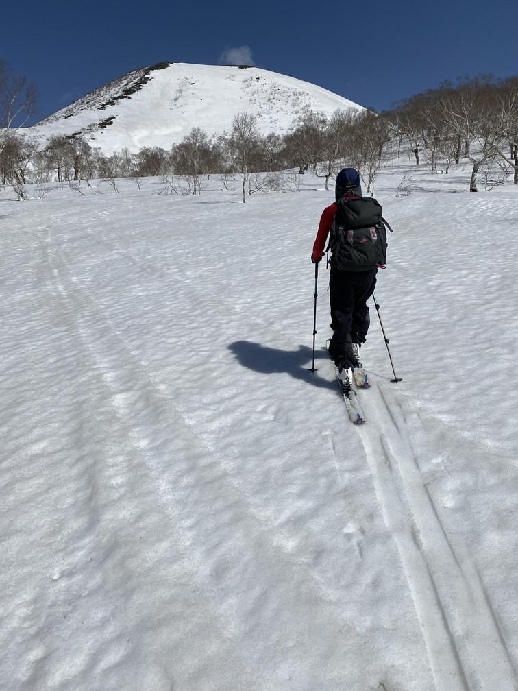"""2021年3月 『山スキーの大雪旭岳、ニセコ、羊蹄山』  March 2021 \""""Ski in Mt Taisetsu, Mt Niseko & Mt Yotei\""""_c0219616_17433199.jpg"""