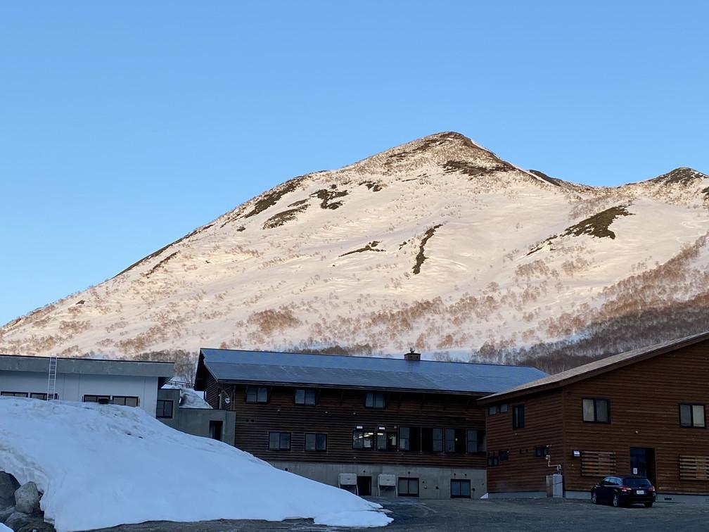 """2021年3月 『山スキーの大雪旭岳、ニセコ、羊蹄山』  March 2021 \""""Ski in Mt Taisetsu, Mt Niseko & Mt Yotei\""""_c0219616_17433241.jpg"""