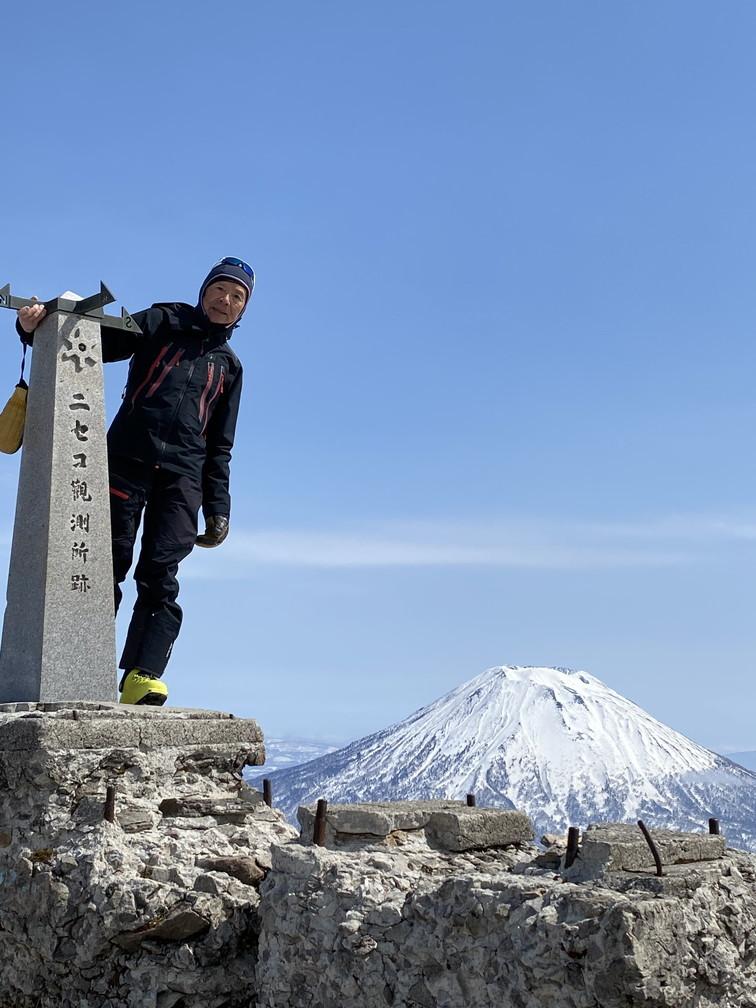"""2021年3月 『山スキーの大雪旭岳、ニセコ、羊蹄山』  March 2021 \""""Ski in Mt Taisetsu, Mt Niseko & Mt Yotei\""""_c0219616_17545502.jpg"""