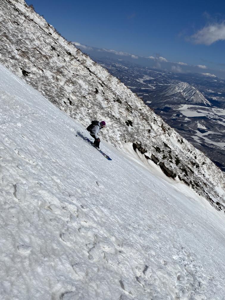 """2021年3月 『山スキーの大雪旭岳、ニセコ、羊蹄山』  March 2021 \""""Ski in Mt Taisetsu, Mt Niseko & Mt Yotei\""""_c0219616_17565434.jpg"""