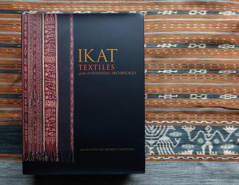 キサール島の絣 Kisar Ikat(1)_d0010432_15185798.jpg