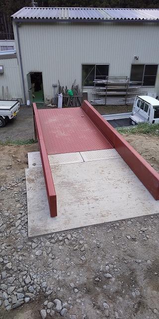 階段の取り付け工事_a0118461_10544175.jpg