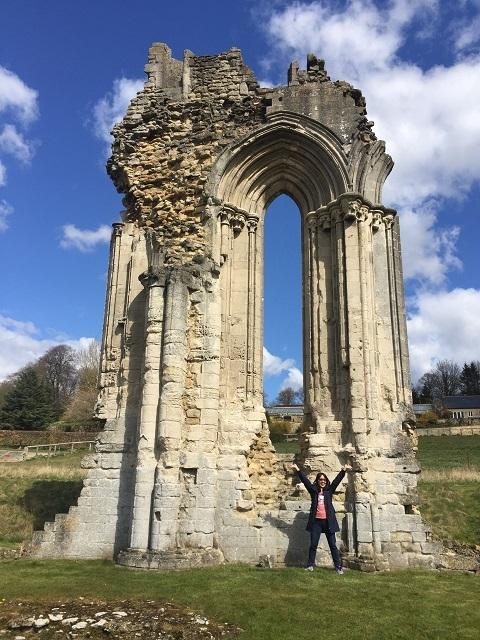 おとなの遠足、修道院の遺跡へ!_a0123372_23505663.jpg
