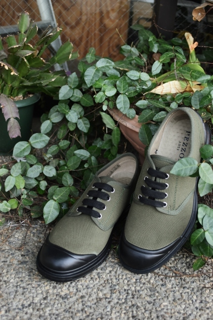 PEZZOL ITALY Military CANVAS SHOES_d0152280_03282179.jpg