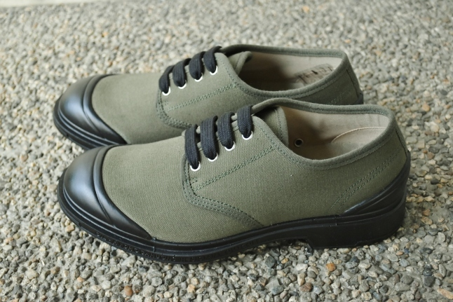 PEZZOL ITALY Military CANVAS SHOES_d0152280_19011830.jpg