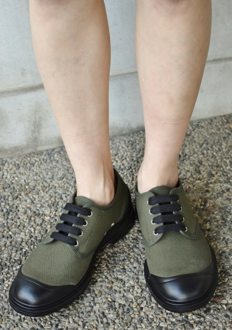 PEZZOL ITALY Military CANVAS SHOES_d0152280_19060593.jpg