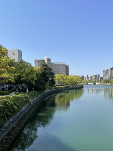 川の街広島、川辺をお散歩(*´╰╯`๓)♬_a0213806_17374231.jpeg