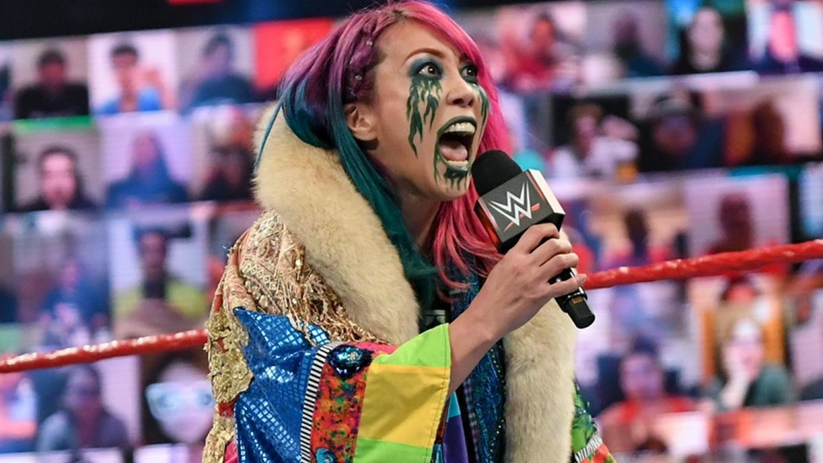 WWEがアスカの誕生日を祝福 - WWE Live Headlines