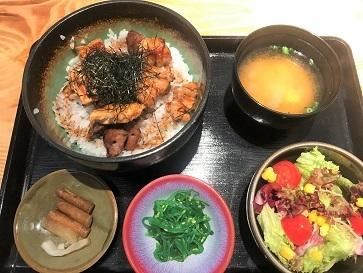 居酒屋「本店IZAKAYA BY K」の焼き鳥丼ランチ☆Izakaya by K in Tseung Kwan O_f0371533_16191127.jpg