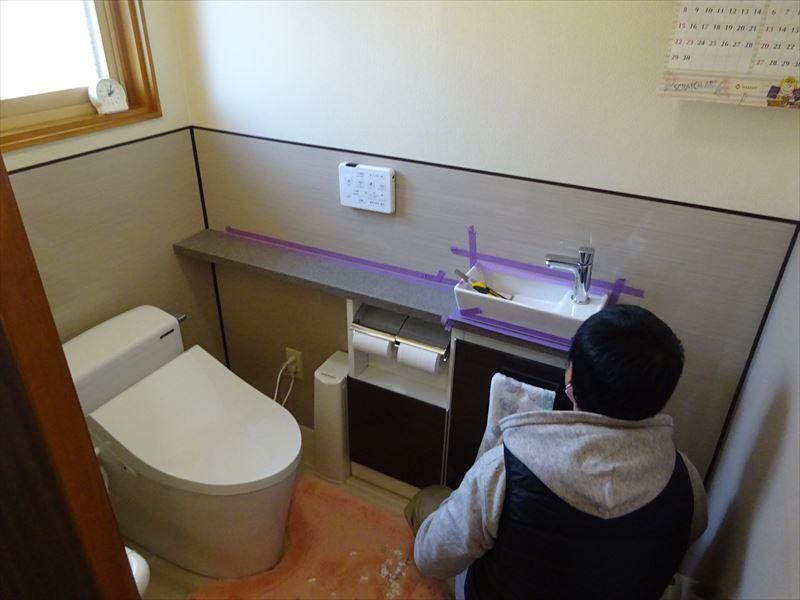 トイレのリフォーム工事_f0105112_05343921.jpg
